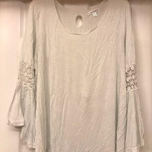 Women's White 2x Peasant Shirt